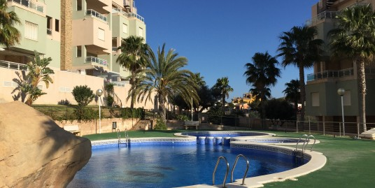 Beautiful 2 bedroom penthouse with stunning views in Cala Flores