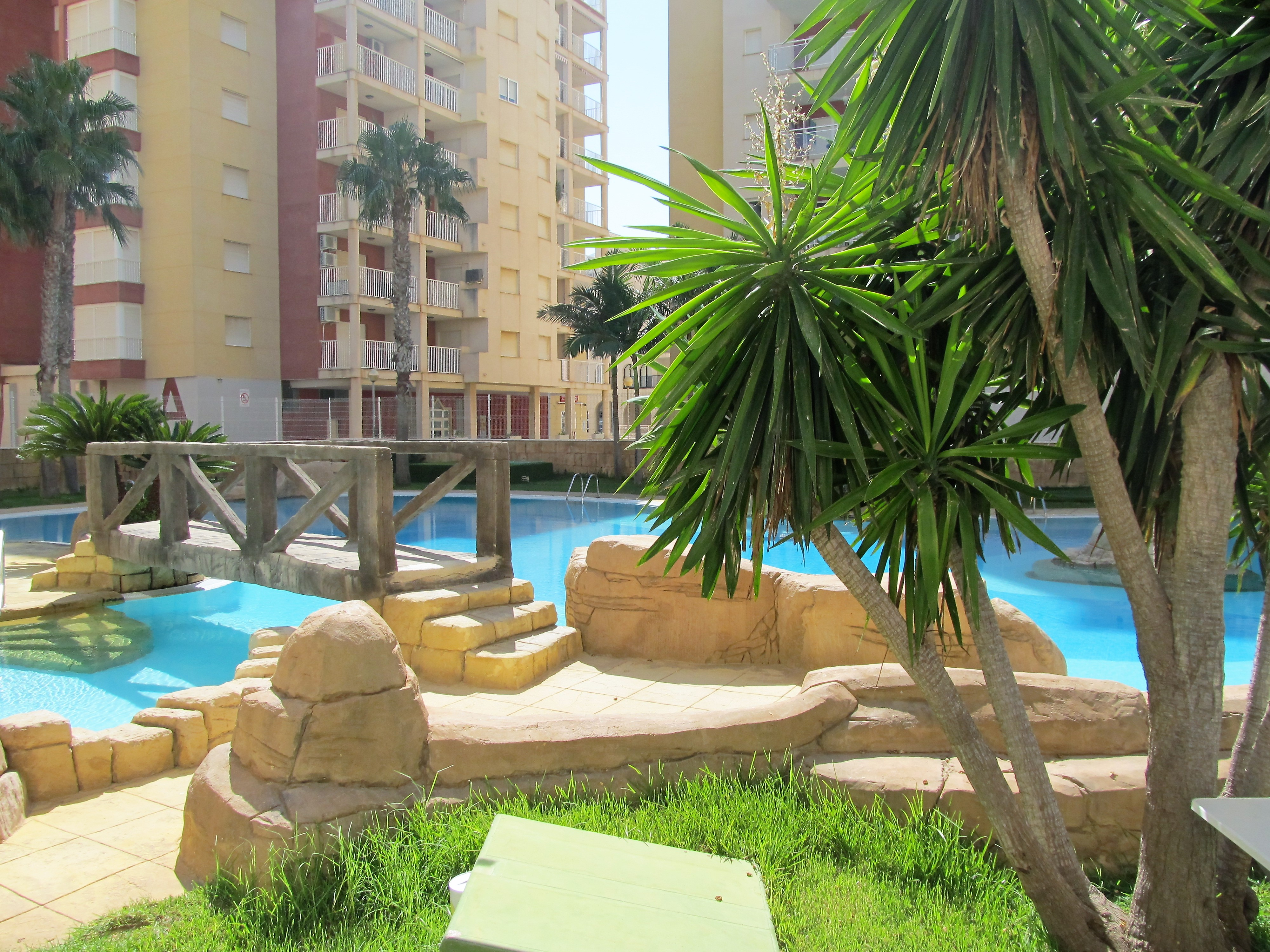Two bedroom apartment with pool and garage