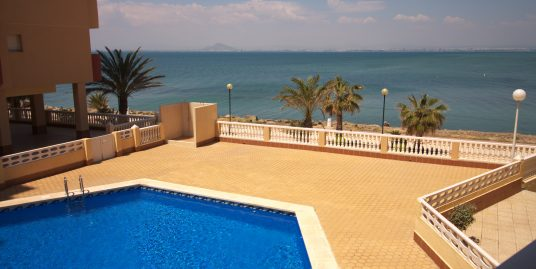 'Sold as new' and fully furnished with Mar Menor views!!