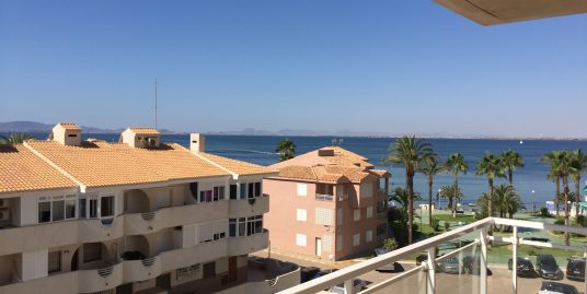 One-bedroom apartment with sea views and communal pool