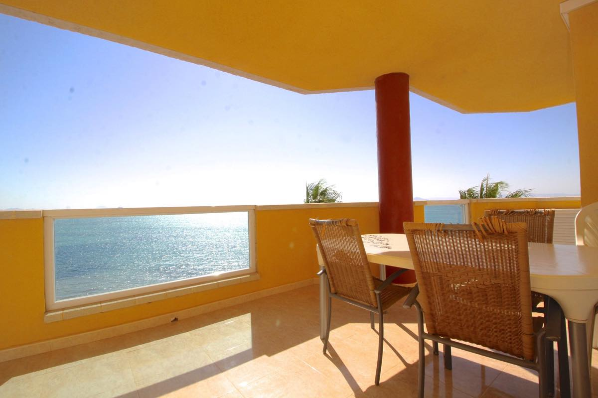 Ample apartment, front line to the Mar Menor and the Mediterranean Sea