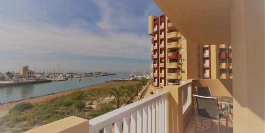 Two-bedroom apartment with views to the Marina area