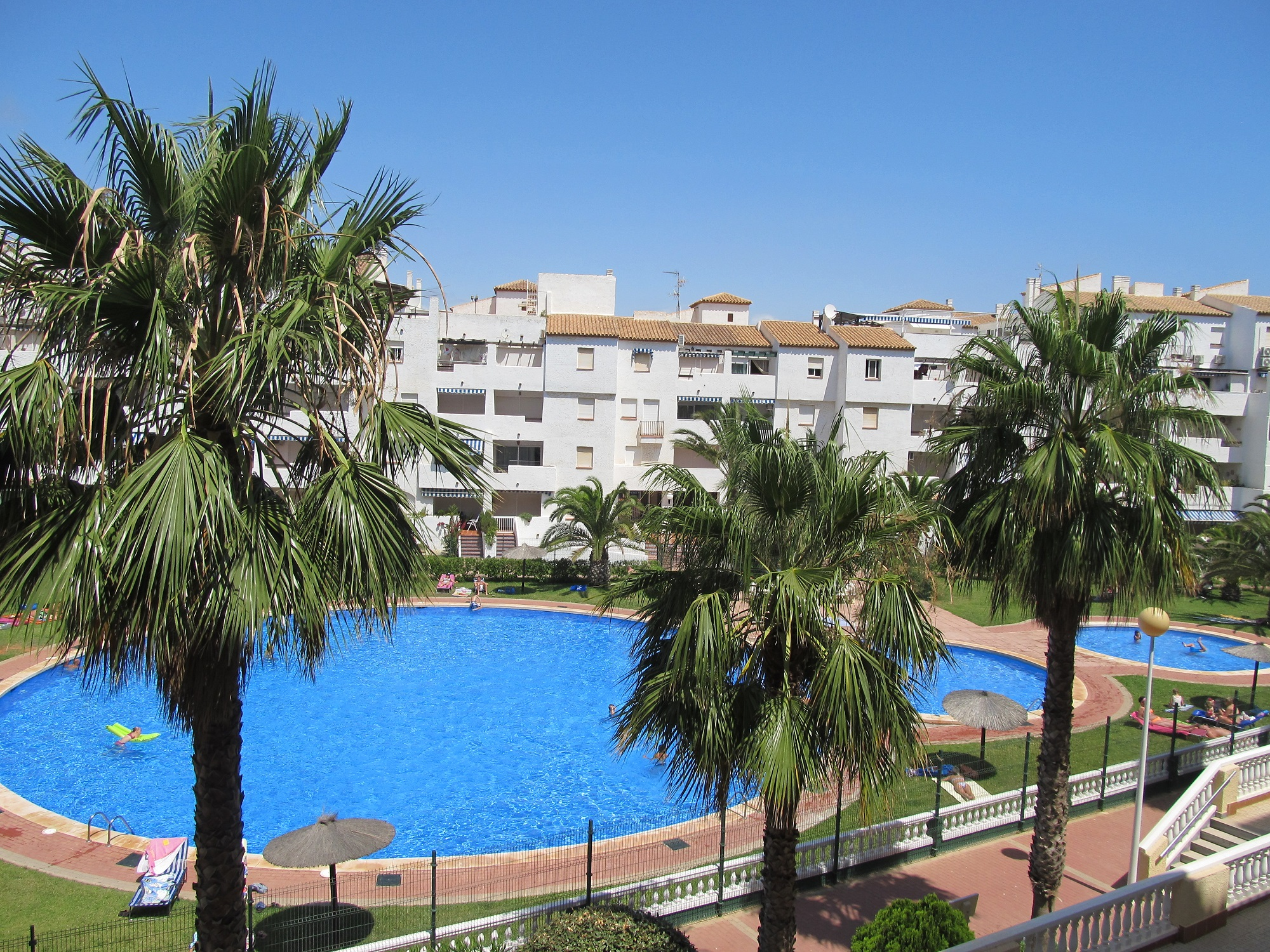 1 Bed Apartment With Great Rental Potential